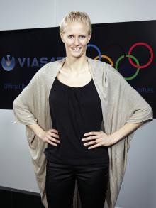 Klüft förlänger med Viasat