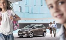 Uudet Ford C-MAX ja Grand C-MAX tuovat aktiivisille perheille helppoa teknologiaa ja älykkäitä kuljettajaa avustavia ominaisuuksia
