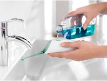 Mer än 70 procent av svenskarna dåliga på att använda tandtråd