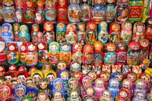Russiske vannveier, Elvecruise fra Moskva til St Petersburg, Ekspedisjonscruise i Sibir, Reisebrev fra Sibir, Istanbul - med ett ben i Asia og ett i Europa, På tur med Gunnar Skjolden