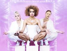 Dans, musik och feministisk humor med systrarna Kronlöf - urpremiär på Folkteatern