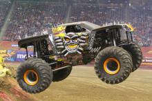 Neil Elliot satsar på att bli historisk med monstertrucken Max-D på lördagens motorfest på Friends Arena