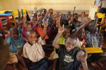 Mjukdjur för miljoner sätter barn i skolbänken