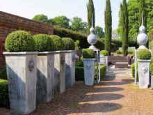 Trädgårdens vackraste accessoarer i zink från Vansta Trädgård