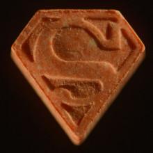 Höga halter av livsfarlig substans i ecstasytabletter
