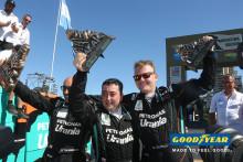 De Rooyn kuorma-autotiimi voittanut Dakar 2016 -rallin Goodyearin renkailla