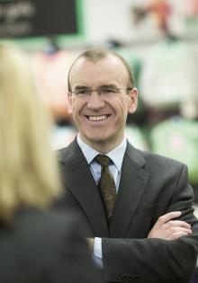 Sir Terry Leahy i Guldnyckelsamtal om lönsam lojalitet med svenska företagsledare