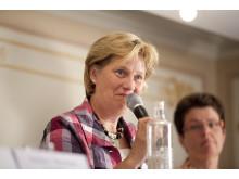 Folkpartisten Anita Brodén vill att begreppet hästkraft blir allmänt känt