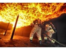 Brandkläder 2: Utryckning med nya Airlock®-ställen