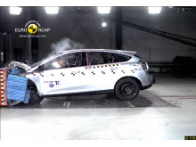 Euro NCAP frontalkrockar nya Ford Focus