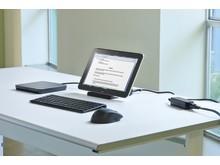 HP ElitePad docked with the HP Mobile USB DVD_RW HP ElitePad 20130308076