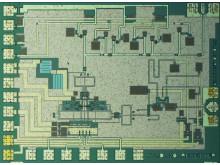 Sändarchippet för 140 GHz