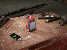 Kompaktista Milwaukee® M12 Bluetooth kaiuttimesta lähtee kunnolla ääntä