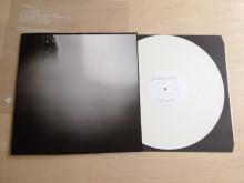 """Plateomslag. Vinylens comeback.""""JA as long as I can"""", av A K Dolven og John Giorno, Edition Block, Berlin, 2013. Design: Christoph Boutin.Foto: A K Dolven"""