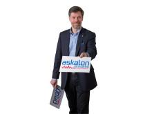 Askalon AB's VD Mats Warnqvist illustrerar namnbytet från Peab Process AB