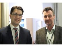 Jimmie Åkesson tillsammans med riksdagsledamot Olle Larsson