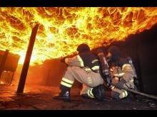 Brandkläder 3: Utryckning med nya Airlock®-ställen