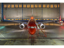 Norwegian's LN-DYN in the hangar