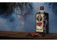 Jägermeister firar 35 år i Sverige - lanserar retro flaska från 1935