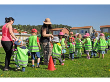 Baklängesmarschen på Barnsäkerhetens dag