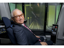 I körsimulatorn Dr. Raymond Chien