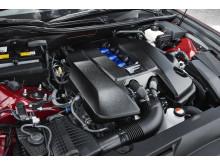 5,0-liters V8 sugmotor på 477 hästkrafter