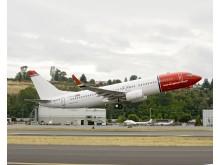 LN-DYA Norwegians första egenägda Boeing 737-800