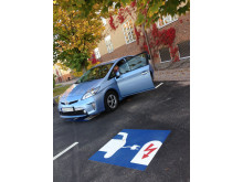 Högskolan Kristianstads nya parkeringsplats för hybrid- och elbilar.