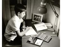 Vid skrivbordet 1964. Foto: Karl-Heinz Hernried, © Nordiska museet