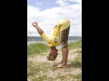 Yogaliv med  Karin Björkegren Jones - Energiyoga