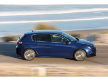 Stark global tillväxt för PSA och Peugeot 2014