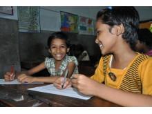 Dhyaneshwari och Jenny 10 år från Indien