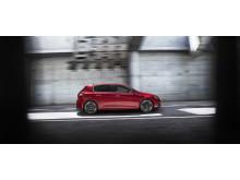 308 GTi by PEUGEOT SPORT: HOT HATCH