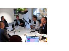 Delar av Nordbyggs panel av framtidsspanare under en poddcastinspelning.