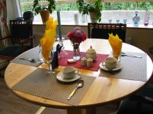 Dukat bord på Tre Stiftelser, Göteborg