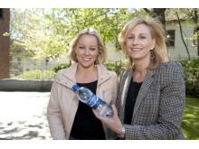 Hanne Sørvaag og Karen Huffman, ansvarlig for Bonaqua i Norge