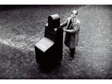 Fattig kunst – rik arv. Hilmar Fredriksen, Kommunikasjonsstykke / Communication Piece, 1979