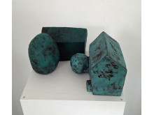 Elisabet Svensson visar keramiska skulpturer på blås&knåda