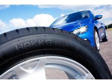 Kesärenkaat: Auton rekisteriotteen rengasmerkintä kertoo, millainen kesärengas soveltuu autoosi.