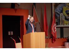 Partiledaren som klev in i kylan - Urpremiär 25 april 2015