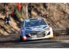 Thierry Neuville (B) klar for årets sesong
