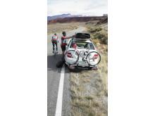 Thule EuroClassic G6 och Thule Dynamic takbox - lifestyle bild