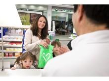 Barnfamilj betalar vid receptkanal