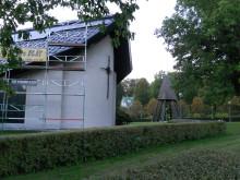 Vargöns kyrka får egen solel på taket -Bra Miljöval-projekt som stöds av Bixia