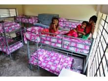 Barn får ny chans i barncenter i Bangladesh