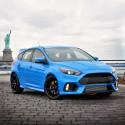 Uusi Ford Focus RS kiihtyy nollasta sataan 4,7 sekunnissa ja yltää huippunopeuteen 266 km/h; alustavat hinnat alkaen 52.000 euroa