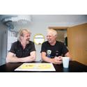 Slik lages Knutsen & Ludvigsens gule plate