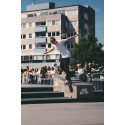 Skateboardåkning bidrar till utvecklingen av Värnhemstorget och Konsthallstorget som aktiva mötesplatser.