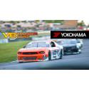 V8 Thunder Cars rullar på Yokohama 2016