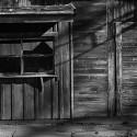 Pressinbjudan: Starka fotografier från Auschwitz visas på Halmstads Konsthall